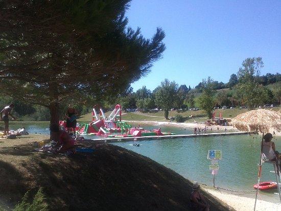 Monclar-de-Quercy, Francja: Jeux aquatiques