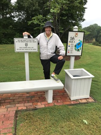 Golden Horseshoe Golf Club : For the love of golf