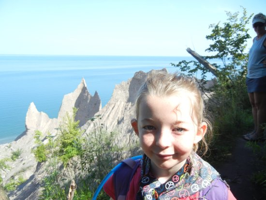 Chimney Bluffs State Park: The views of the rocks were incredible.