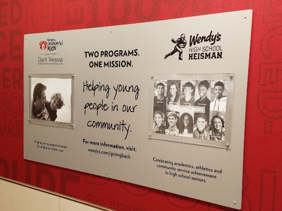 Brockton, ماساتشوستس: Wendy's gives back to the Community