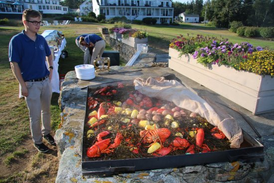 Newagen, ME: Lobster bake ready to be served