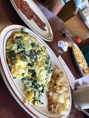 Pavlos' Restaurant: photo0.jpg