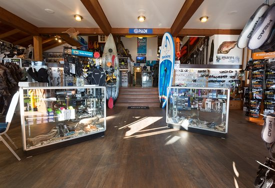 Whitianga, New Zealand: Enter our retail store