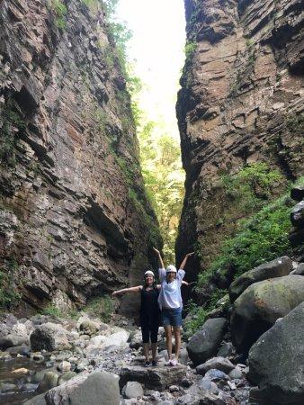 Sapori e Saperi: Hiking in the Orrido di Botri, place of inspiration for Dante