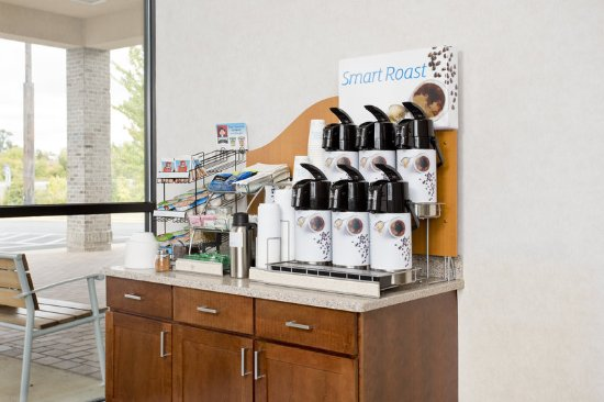 Stephens City, VA: Breakfast Area coffee station