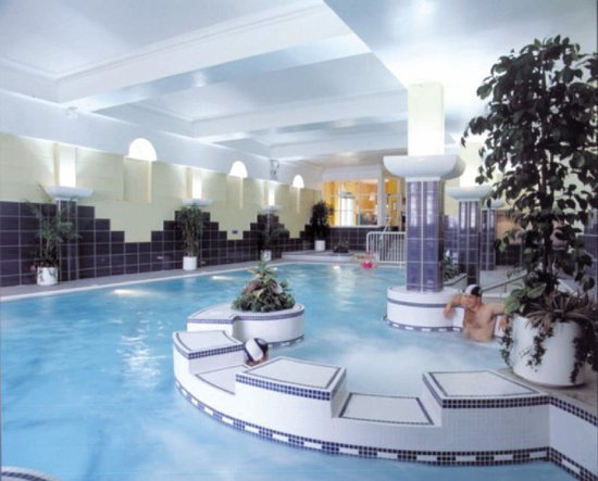 Castle Hotel and Leisure Centre: main swimming pool