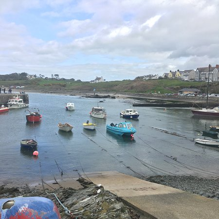 Cemaes Bay, UK: photo3.jpg