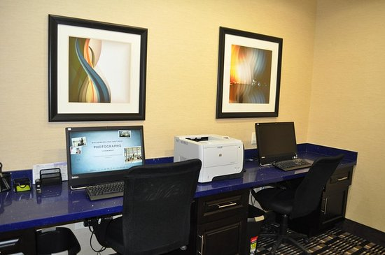 Pleasanton, TX: Business Center