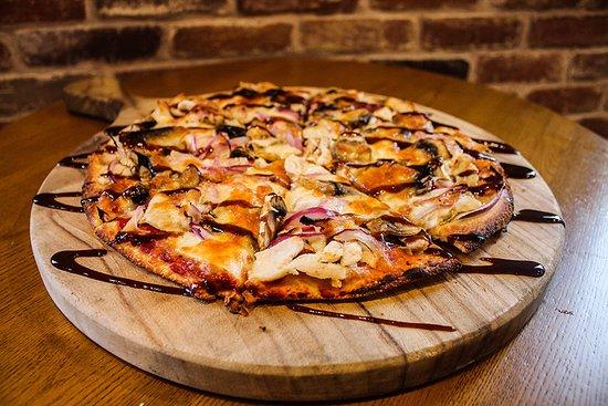 Nerang, أستراليا: BBQ Chicken Pizza