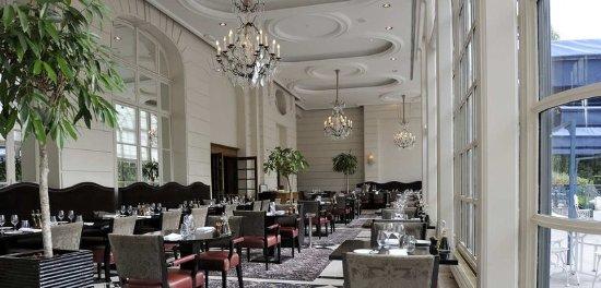 trianon palace versailles a waldorf astoria hotel france reviews photos price comparison. Black Bedroom Furniture Sets. Home Design Ideas