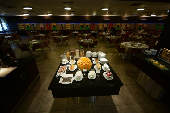 Restaurant at Nippon Hotel Istanbul