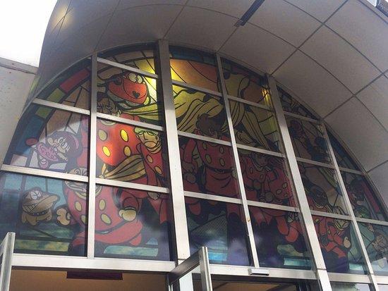 Ishinomaki, Japon : 石巻駅のステンドグラス