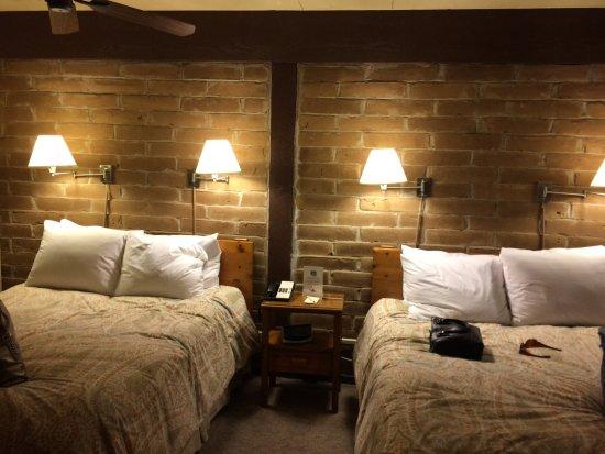 El Pueblo Inn Photo