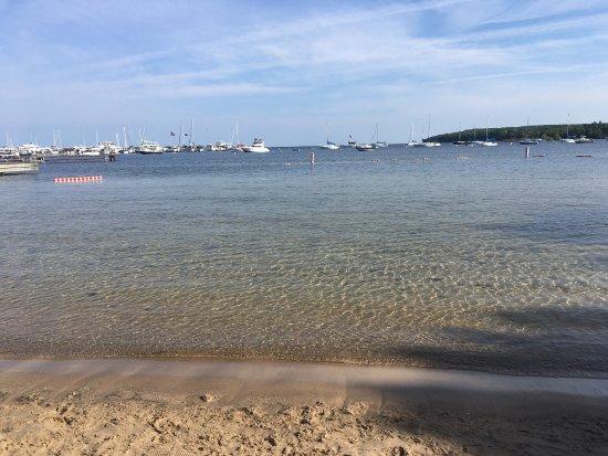Bay Breeze Resort: photo1.jpg