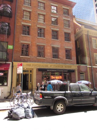 Exterieur picture of fraunces tavern restaurant new for Exterieur restaurant