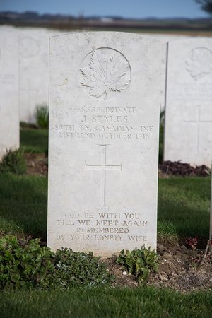 Miraumont, Франция: Grave of a Canadian Soldier