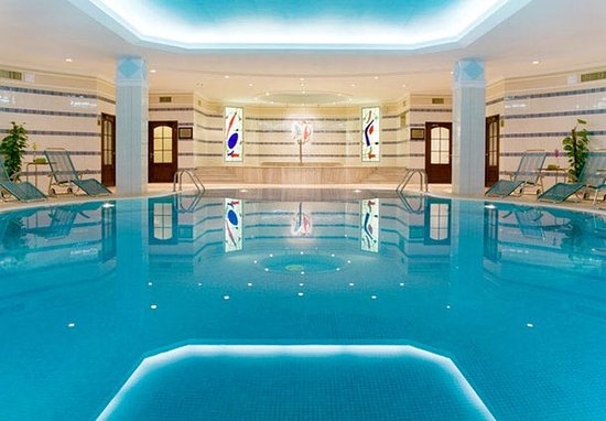 Moscow Marriott Royal Aurora Hotel: Indoor Pool