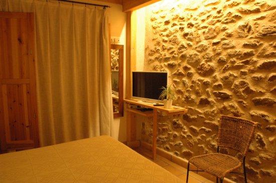 Palau-Saverdera, Spain: Comfortable room