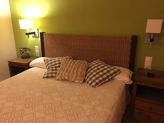 Niu de Sol - Hotel Rural: Comfortable room