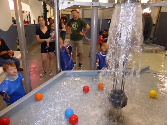 Lackluster water play area - Picture of Children\'s Discovery Museum ...