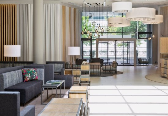Courtyard Vienna Prater/Messe : Our hotel in Messe, Vienna offers award-winning service
