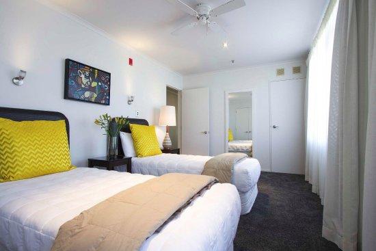 Belle Mer Beachfront Apartments: KImg Single Beds