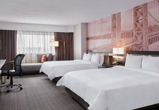 Teaneck, NJ: Queen/Queen Guest Room