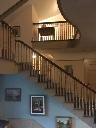 Hartness House: stairwell