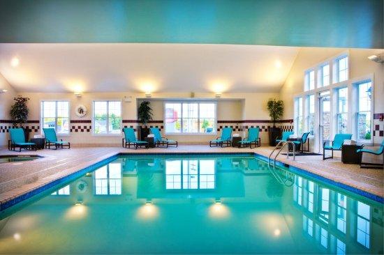 ออเบิร์น, เมน: Indoor Pool