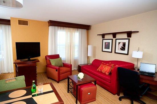 ออเบิร์น, เมน: Guest Room Living Area