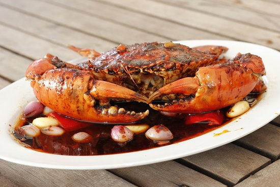 Crab with butter garlic sauce