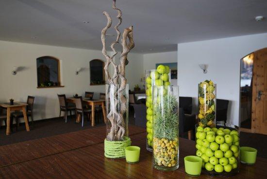 Restaurant Waldhaus am See : Kreative Dekoration im Innenraum