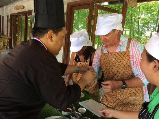 The Farmer Restaurant and Bar : Thai cooking class, The Farmer Restaurant in Koh Samui.