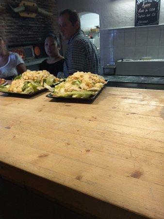 Cluses, França: Salades en attente