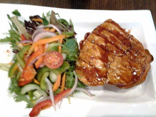 Joondalup, Australia: Barbeque grilled chicken