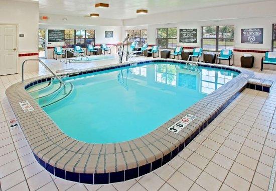 Residence Inn Merrillville: Indoor Pool