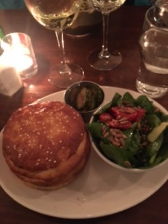 Clarkes Bar And Dining Room Burger