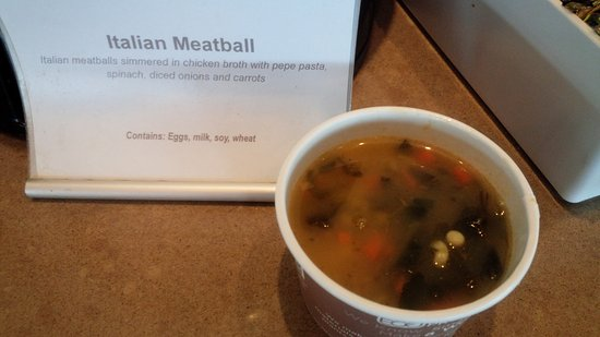 American Airlines Admirals Club: スープ