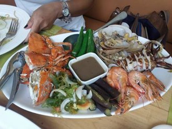 Cafe Laguna - SM City Cebu: SEAFOOD PLATTER