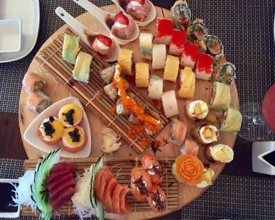 Great varieties of Fusion Sushi