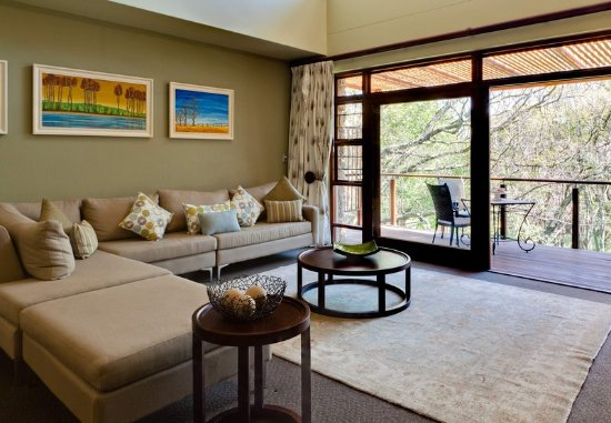 Centurion, South Africa: Presidential Suite – Sitting Area