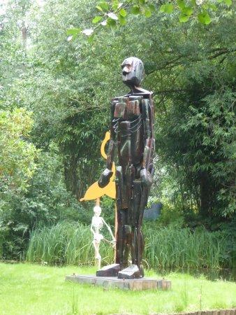 Churt, UK: The Sculpture Park