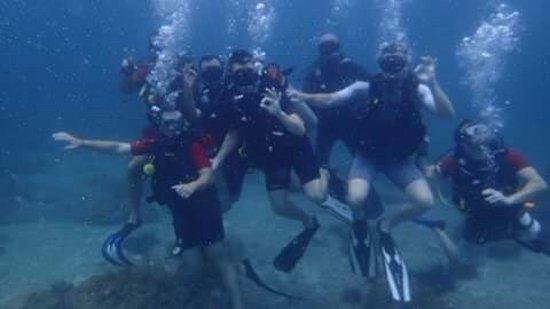 Rawai, Tailândia: Excellentes bulles en famille et entre amis !!! ;)