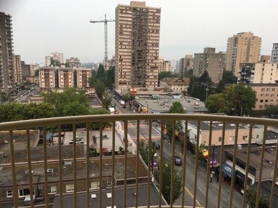 Coast Plaza Hotel Suites Vancouver Bewertung
