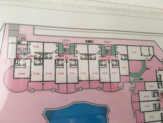 Hotel Bahia Flamingo : Placment of the rooms