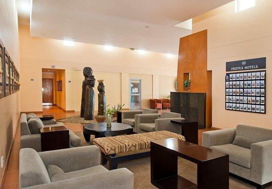 Ondangwa, Namibia: Lobby Seating