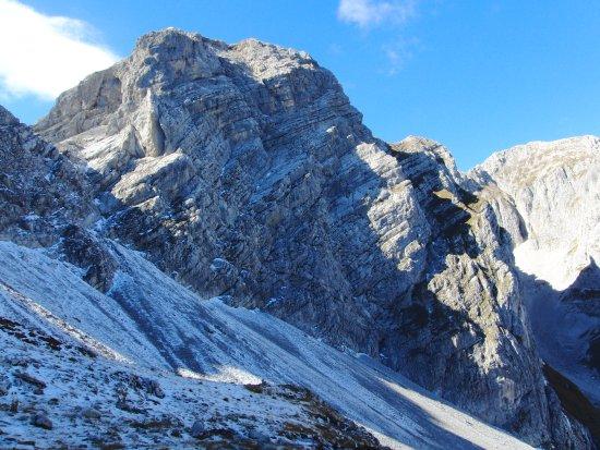 Trentino Dolomites, อิตาลี: Dolomiti di Brenta zona del Lago di Molveno