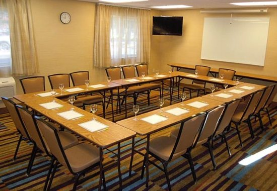 Fairfield Inn & Suites Ukiah Mendocino County: Meeting Room