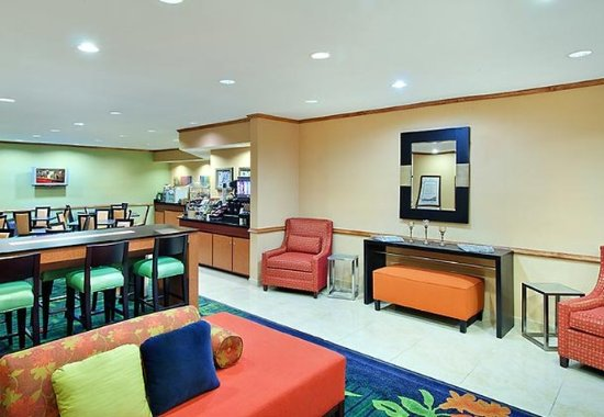 Temple Terrace, Floryda: Lobby Sitting Area