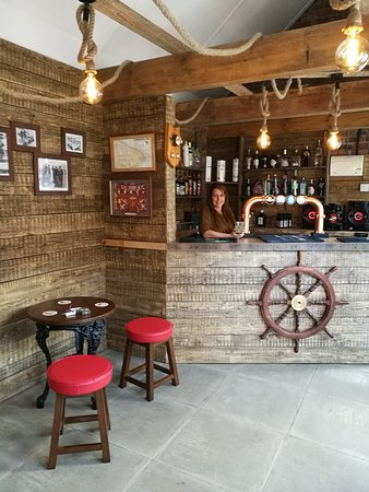 The Telegraph: New Gin Bar In The Beer Garden